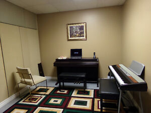 PIANO LESSONS AVAILABLE AT ALEXANDRIA MUSIC ACADEMY! Cornwall Ontario image 6