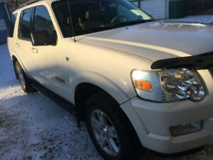 2008 Ford Explorer SUV, Crossover