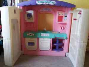 Play Kitchen Buy Or Sell Toys Games In Ottawa Kijiji Classifieds