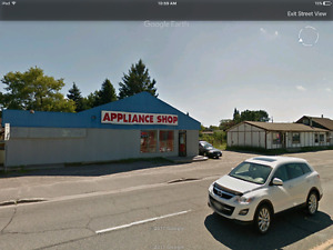 Commercial building for sale in Espanola