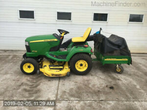 2009 John Deere X749 Riding Lawnmower