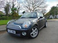 SUPERB 2007 MINI MINI 1.6 COOPER DRIVES BEAUTIFULLY VERY WELL PRESENTED