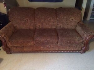 Couch for sale 100.00