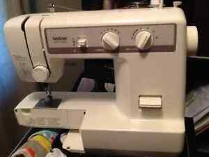 SEWING MACHINE FOR SALE London Ontario image 1