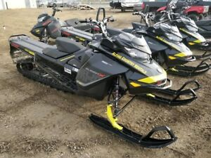 "2018 Ski-Doo Summit X 850 165"" - $102 Bi-Weekly!"