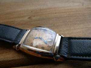 Vintage 1940s Bulova Mechanical Watch London Ontario image 3