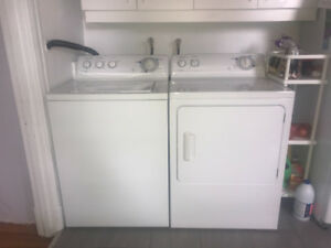 NEGOCIABLE: Fridge, stove, washer/dryer