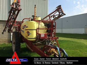 2006 Hardi CM750 Pull Type Sprayer