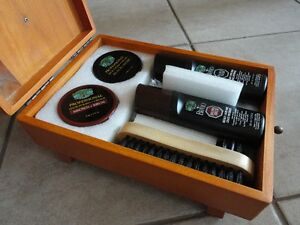 Brand new in box wooden shoe shine box kit footwear care kit London Ontario image 4