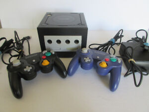 Gamecube with 2 controllers