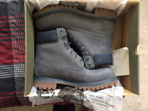 6 inch Timberland boots for sale!!!
