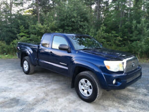 2005 Toyota Tacoma Access Cab TRD 4WD Pickup Truck