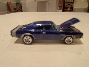 LOOSE 2005 Muscle Mania Hot Wheels #104 Purple 69 Dodge Charger Sarnia Sarnia Area image 1