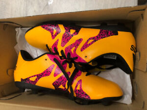 Girls Size 3 NEW Adidas Soccer Cleats
