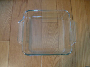 LARGE DEEP CLEAR GLASS DOUBLE-HANDLED ANCHOR BAKING DISH