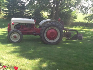 1952 Ford 8N tractor and plow Kawartha Lakes Peterborough Area image 2