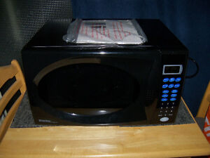 large danby microwave