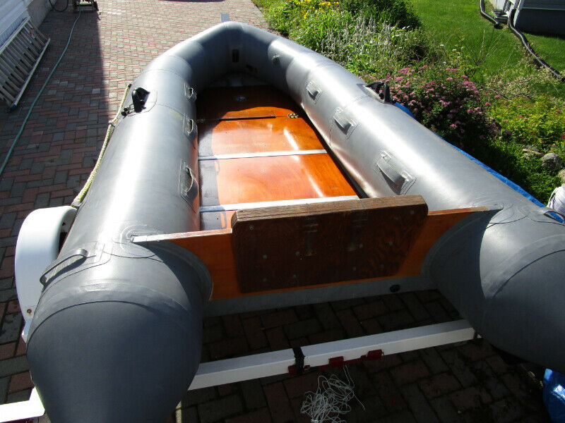 Zodiac Avon inflatable dinghy   Powerboats & Motorboats