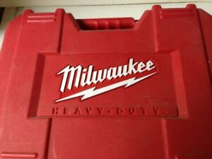 PERCEUSE MILWAUKEE