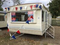 Cheap Static Caravan 2 bed 2017 FREE clacton Essex not highfields 12 month season