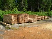 BOIS DE CONSTRUCTION BRUT 2X6X8 ET 12 PIEDS DE LONG