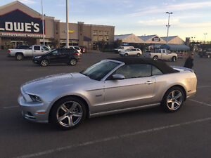2013 Ford Mustang GT convertible Convertible