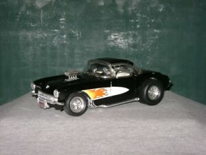 1/18 DIECAST 1957 Chevy Corvette Gasser Black/Flames Hot Rod HOT