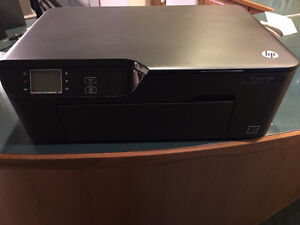Excellent Condition and Almost New- Printer HP Deskjet 3520