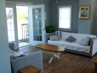 Classic Maritime Cottage btw Mel. Bch & New Glasgow July 11-18