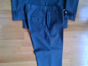 Short and skinny? Suit Supply Suit Grey Kitchener / Waterloo Kitchener Area image 3
