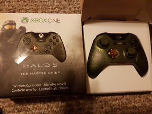 Halo 5 special edition  controllers