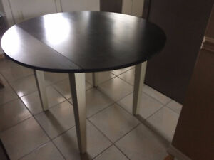 Small Space Solid Wood Dining Table