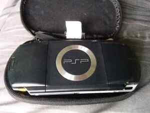 Psp with protective case and games plus movie.  Kitchener / Waterloo Kitchener Area image 3