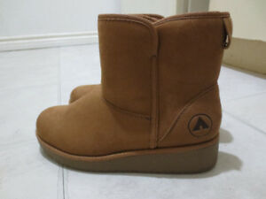 LADIES WINTER BOOTS-AIRWALKS & WINDRIVER