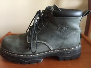 Men's Roots Tuff Boots. Size 10. Winter Boots. London Ontario image 1