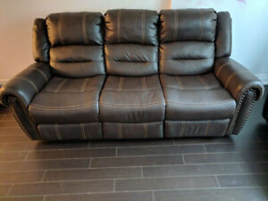 Groovy Sofa Buy And Sell Furniture In Toronto Gta Kijiji Creativecarmelina Interior Chair Design Creativecarmelinacom