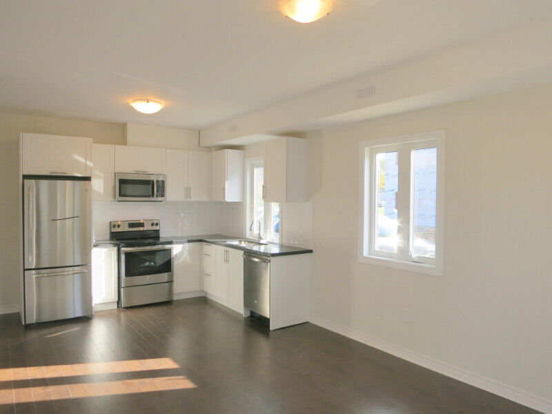 - Downtown Listowel - Newer 3 Bedroom Apartment for Rent ...