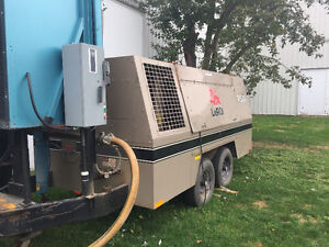 LeROI 750 CFM Portable Diesal Air Compressor....Only 750 Hours!! Kitchener / Waterloo Kitchener Area image 2