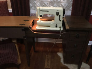 Bernina sewing machine with cabinet