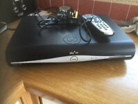 Skybox DRX780UK WITH Power cable and sky remote.