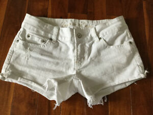 American eagle shorts size 2 (women's)