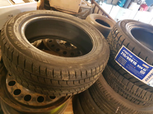 4 pneu hiver neuf a glace a silice 205/60R16 poser