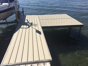 Boat dock for sale (Shorestation Classic)---32 linear feet