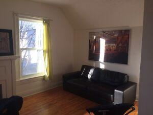 Nov 1 - Upper duplex at 142 Pilgrim Sault Ste Marie $850