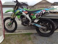 NEW ENGINE 2hrs KX250f MINT