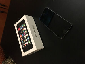 Vend Iphone 5S 16Go EXCELLENT état!!