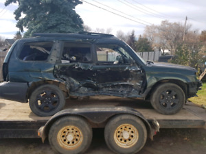 05 Subaru forester for parts