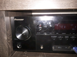 Awesome pioneer reciever 3d ready n usb n more askin 250 obo