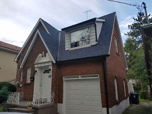 Downtown 2 Story/3 Bedroom Fully detached home