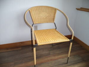 ► WICKER CHAIR WITH SOLID WROUGHT IRON FRAME